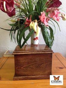custom-wood-urn-199